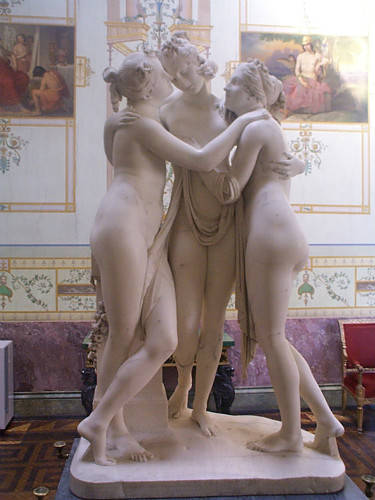 Canova-Three_Graces_0_degree_view_meitu_5