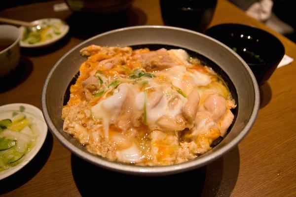 Oyakodon_by_Grilled_Ahi_in_Akihabara-UDX_Building,_Tokyo