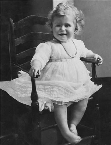 Queen -1927