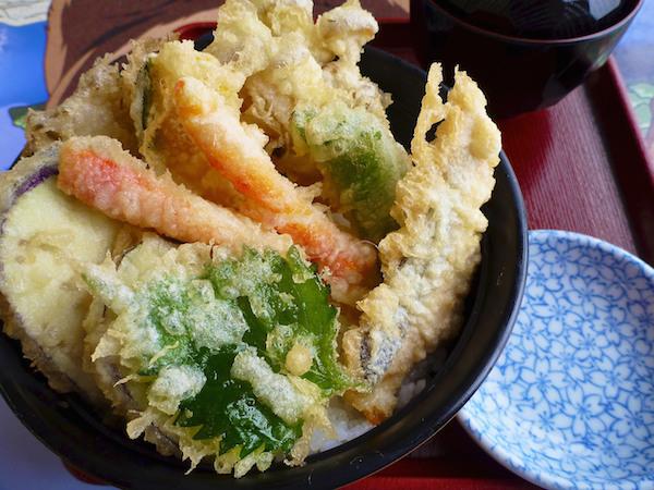 Yummy_Mixed_Tempura_Don_Set_in_Hokkaido