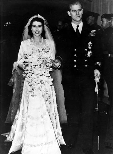 princess-elizabeth-philip-duke-edinburgh-1947