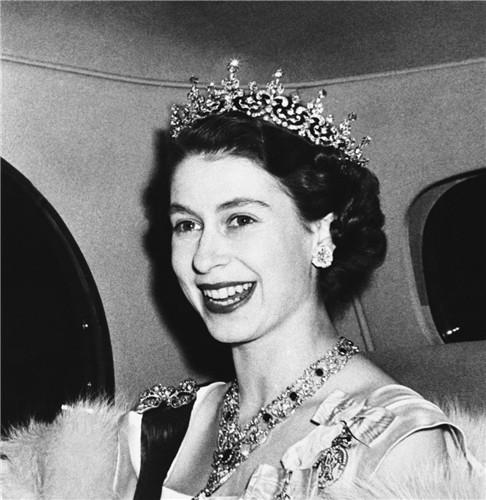 queen-elizabeth-ii-1950