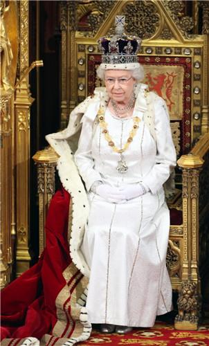 queen-elizabeth-ii-2012