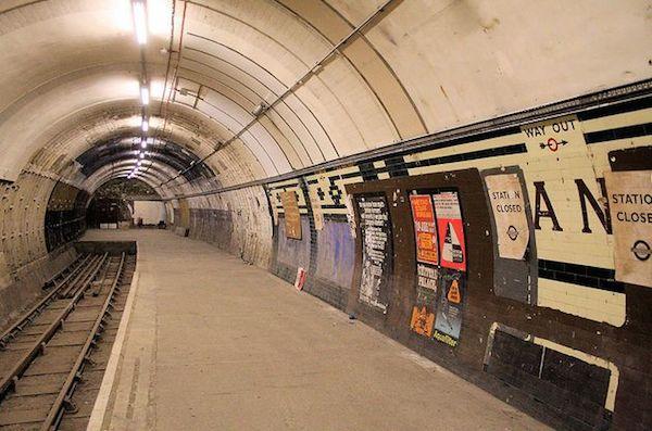 aldwych-underground-station-abandoned