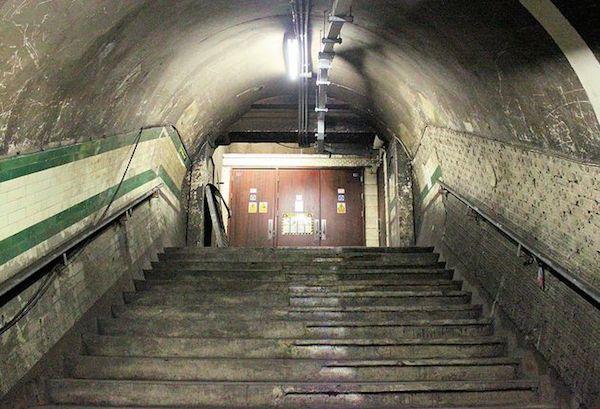 embankment-underground-station-abandoned