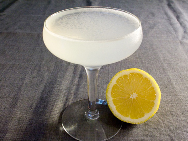White-Lady-Vintage-Cocktail
